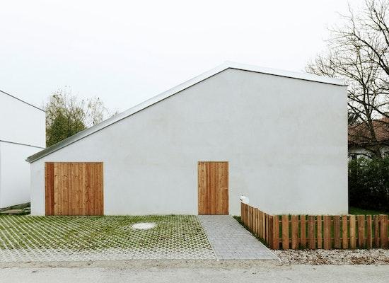 projekt low budget ziegelhaus competitionline. Black Bedroom Furniture Sets. Home Design Ideas