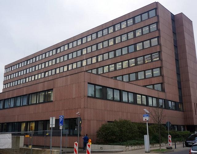 Gebäudeplanung für die Kreisverwaltung Düren – Erneuerung der Fensteranlagen Haus B