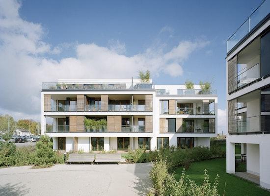 """Dorfmüller I Klier Hamburg: Projekt """"Lakeside Living""""...competitionline"""