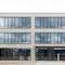 Straßenansicht Büro- und Laborgebäude