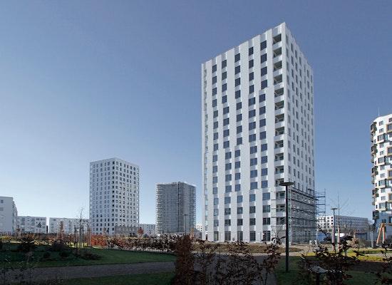 projekt zwei wohnt rme isar tower s d und nord im. Black Bedroom Furniture Sets. Home Design Ideas
