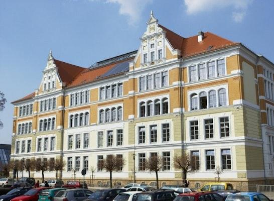 Ergebnis Sanierung Mittelschule Quot Clara Zetkin Quot Obj