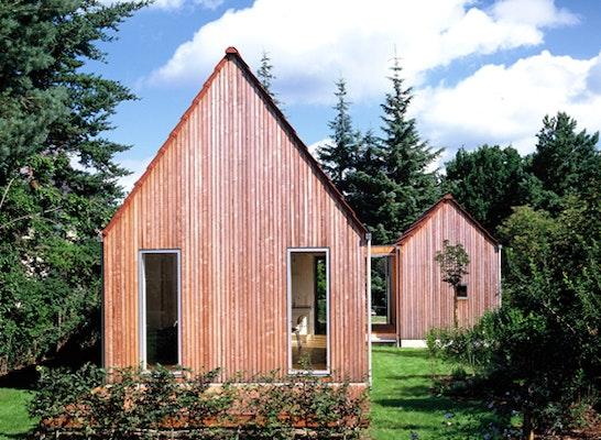 Holzhaus  Born Ansicht Garten Möhring Architekten