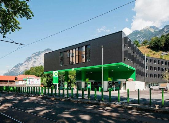 Projekt Neubau Tankstelle Und Studentenheim Competitionline